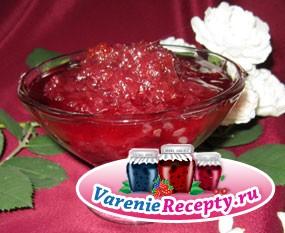 Домашнее варенье из клубники с розами. Рецепт с пошаговыми фото